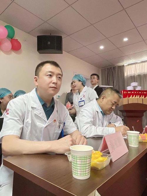 """2021年山西益康脉管炎医院第十六届""""益康杯""""星级护士表彰大会"""